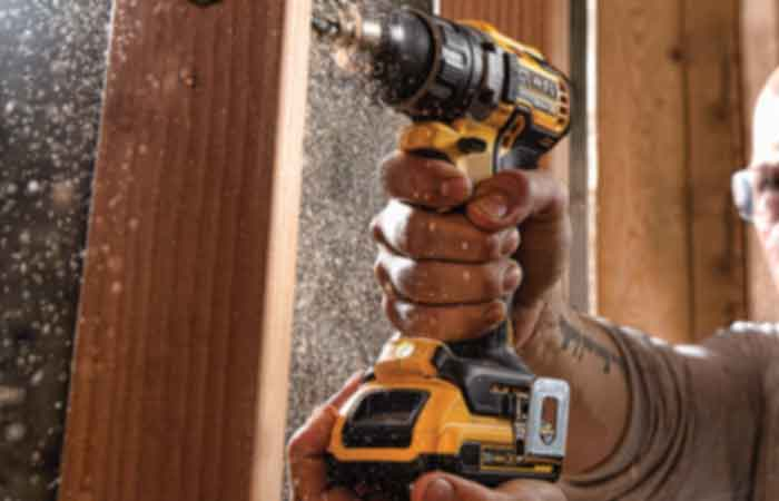 How to use dewalt drill FP