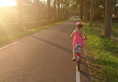 Wie dein Enkel angstfrei Fahrradfahren lernt