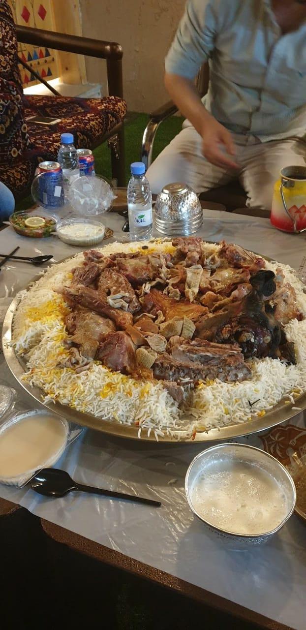 مطعم منتزة النخيل خميس مشيط