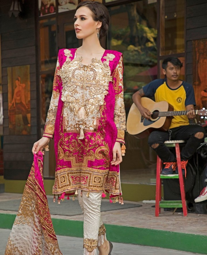 House Of Ittehad Izabell Emb Lawn 2019