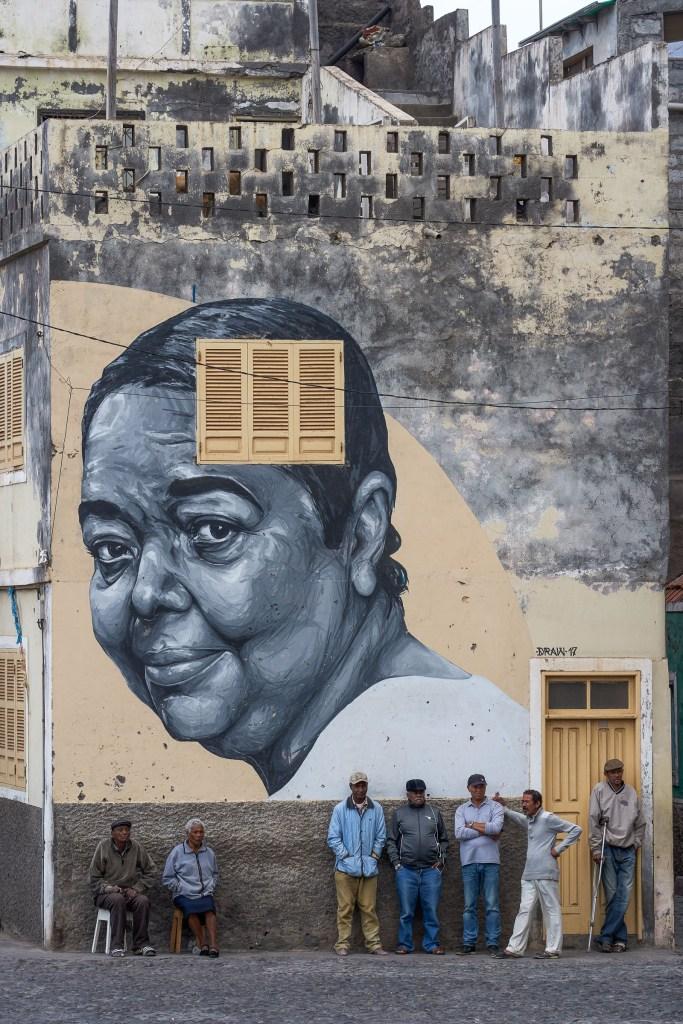 Muurschildering Cesária Évora
