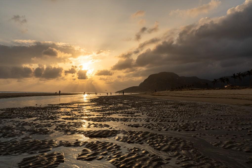 kamperen strand oman