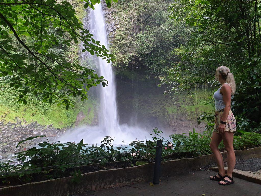 Costa Rica vrouw alleen
