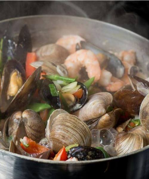 doTERRA Steamed Shellfish Recipe in Aromatic Asian Broth