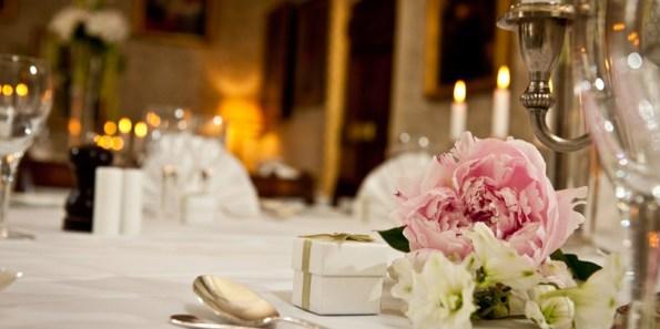 Council_Room_Wedding_170_Queens_Gate_Prestigious_Venues