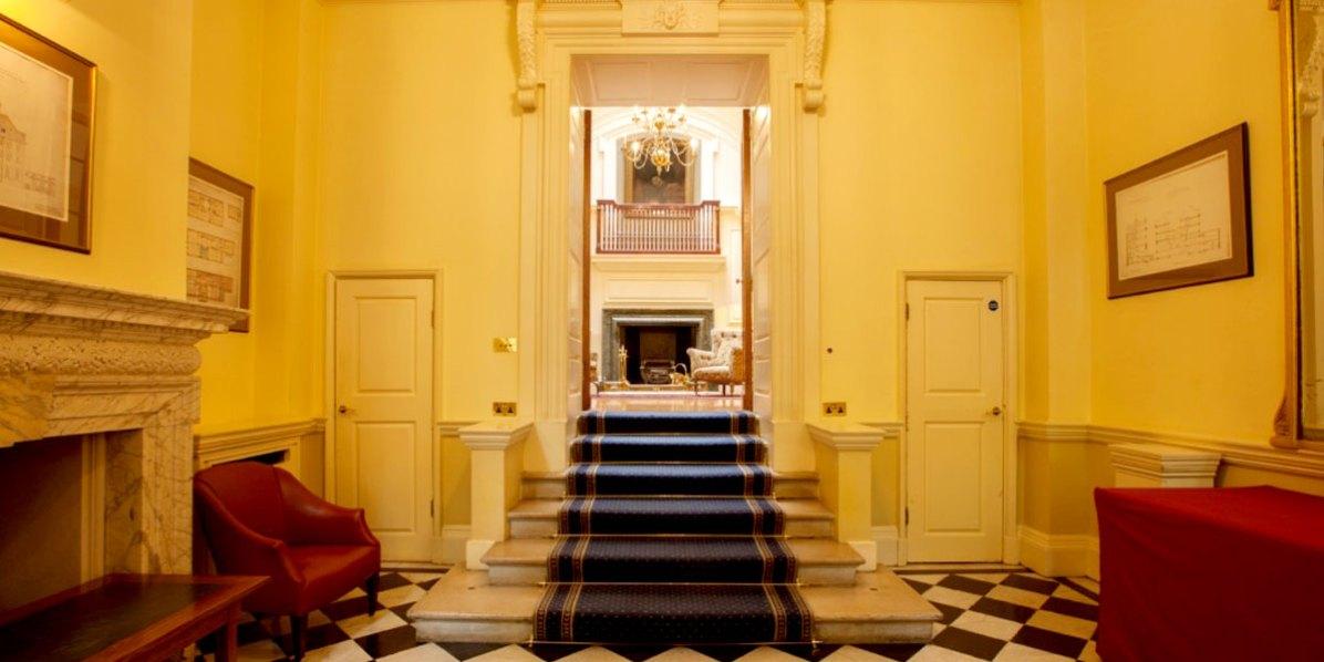The_Grand_Entrance_170_Queens_Gate_Prestigious_Venues