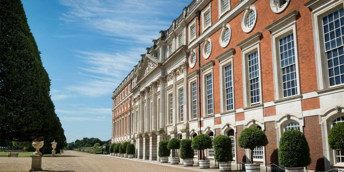 Unique Venue In London, Hampton Court Palace, Prestigious Venues