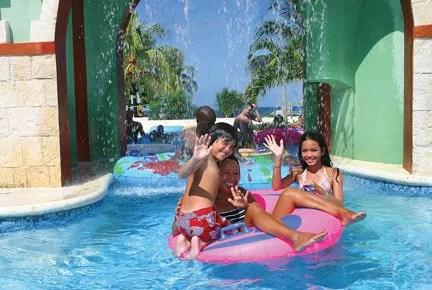 Sunset Beach Resort & Spa & Waterpark– All Inclusive Family Resort