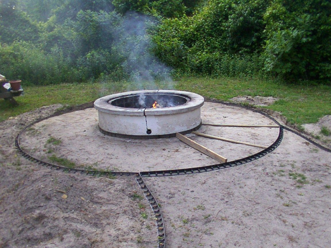 Outdoor Fire Pit Designs for Warm Evenings | Fire Pit ... on Paver Patio Designs With Fire Pit id=51154