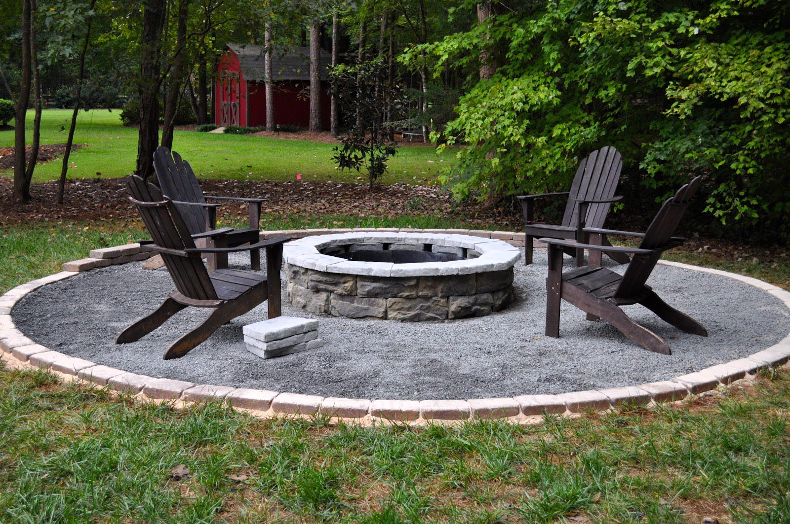 Everyone Needs a Small Fire Pit | Fire Pit Design Ideas on Backyard Patio Designs With Fire Pit  id=40709