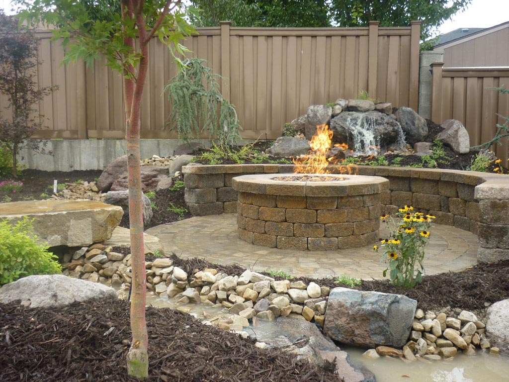 Brick Paver Patio With Fire Pit | Fire Pit Design Ideas on Paver Patio Designs With Fire Pit id=85639
