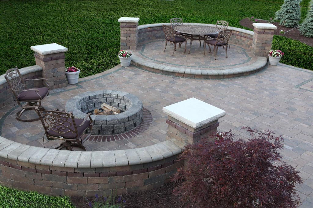 Paver Patio Designs With Fire Pit | Fire Pit Design Ideas on Paver Patio Designs With Fire Pit id=25249