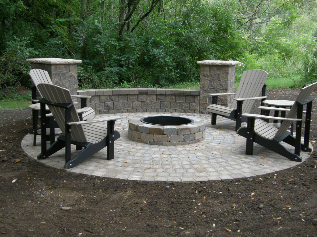 Paver Fire Pit Designs   FIREPLACE DESIGN IDEAS on Paver Patio With Fire Pit Ideas id=27914