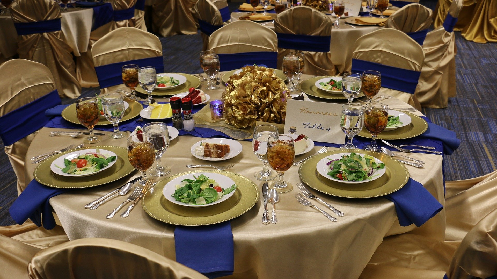 Wedding Tasting Etiquette: 10 Things You Should Be Aware Of
