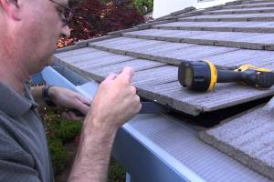 How to install gutter guard