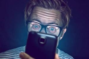 Do the screens harm our health