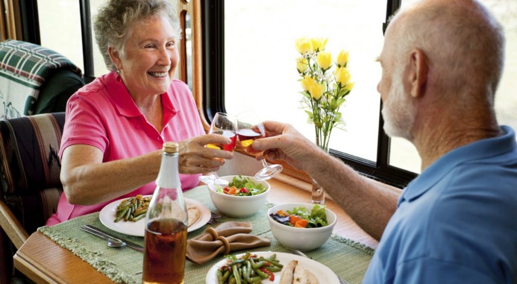 Elderly People Can Avoid Dementia By Eating Healthy