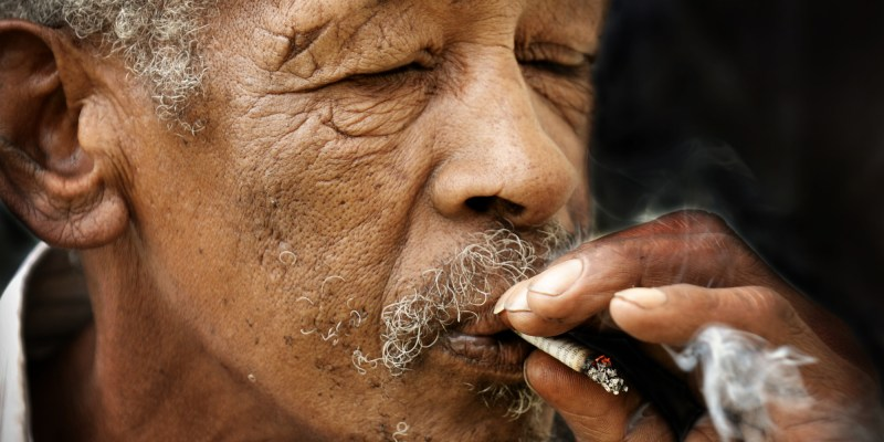 Smoking Causes Dementia In Seniors