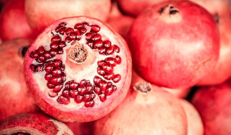 Pomegranate disease prevention - Top 8 most healthy Fruits