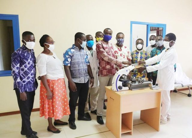 UCC: Dr. David Larbi Simpong Donates Equipment to Dept. of Medical Laboratory Science