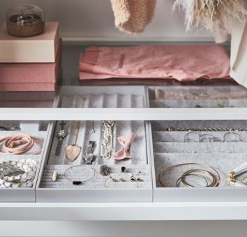 Amazing Closet Room Design Ideas For The Beauty Of Your Storage36