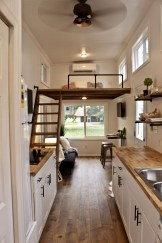 Attractive Simple Tiny House Decorations To Inspire You28