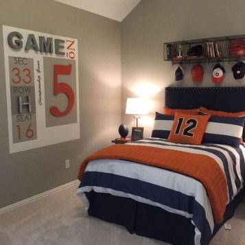 Attractive Teenage Bedroom Decorating Ideas For Comfort In Their Activities13