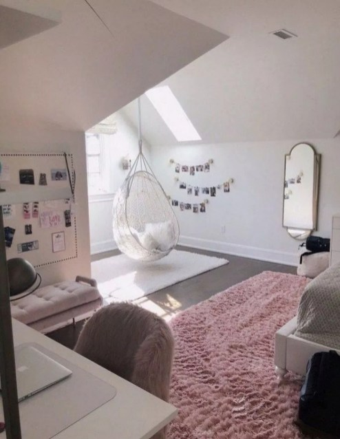 Attractive Teenage Bedroom Decorating Ideas For Comfort In Their Activities41