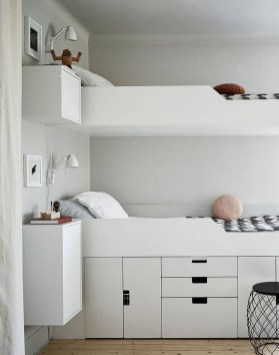 Awesome Bedroom Storage Ideas For Small Spaces16