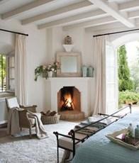Beautiful Modern Fireplaces For Winter Design Ideas07