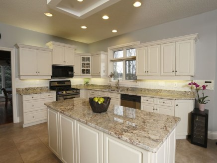 Fabulous Kitchen Island Decorating Ideas To Become A Comfortable Cooking Place For You27