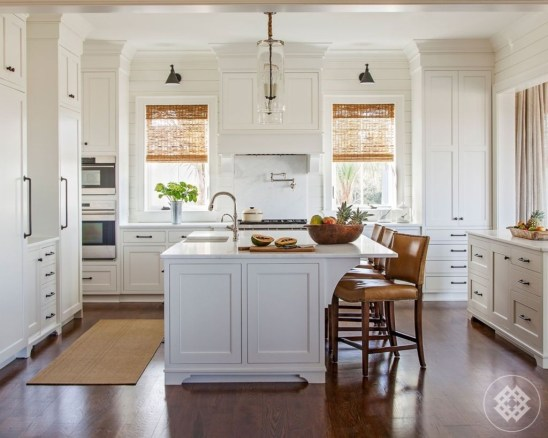 Fabulous Kitchen Island Decorating Ideas To Become A Comfortable Cooking Place For You42