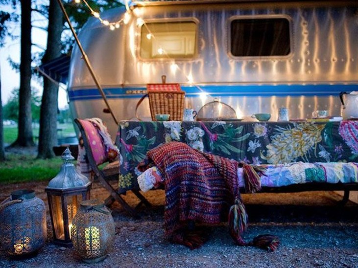 Gorgeous Rv Living Decoration For A Cozy Camping Ideas06