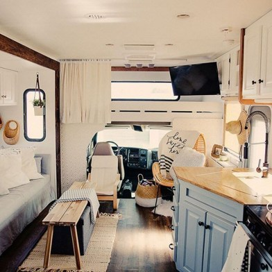 Gorgeous Rv Living Decoration For A Cozy Camping Ideas14