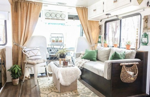 Gorgeous Rv Living Decoration For A Cozy Camping Ideas24