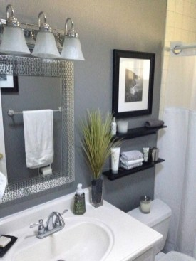 How To Decorate Your Small Bathroom Become More Comfortable And Beautiful49