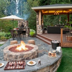 Amazing Backyard Decoration Ideas For Comfortable Your Outdoor10