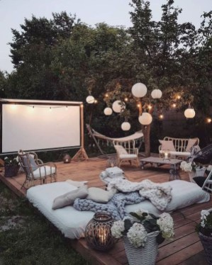 Amazing Backyard Decoration Ideas For Comfortable Your Outdoor37