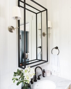 Amazing Industrial Bathroom Decorating Ideas For Your Inspiration24