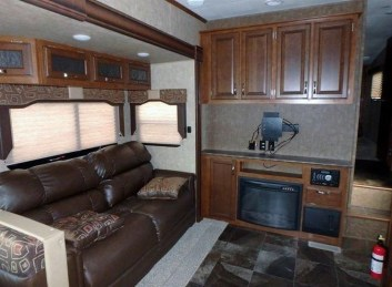 Amazing Rv Living Room Decorating Ideas For Comfortable Trip08