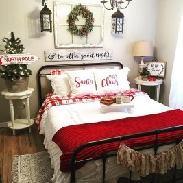 Amazing Winter Bedroom Decorating Ideas For Your Comfortable Sleep13