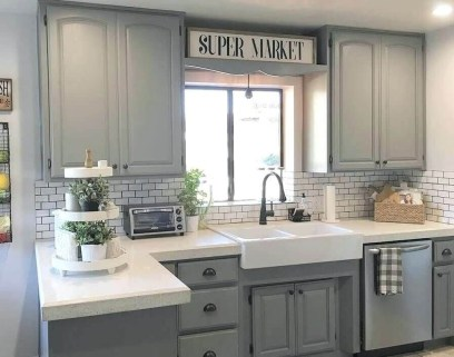 Attractive Small Kitchen Decorating Ideas On A Budget25