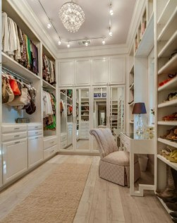 Awesome Closet Room Design Ideas For Your Bedroom27