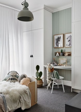 Awesome Closet Room Design Ideas For Your Bedroom35