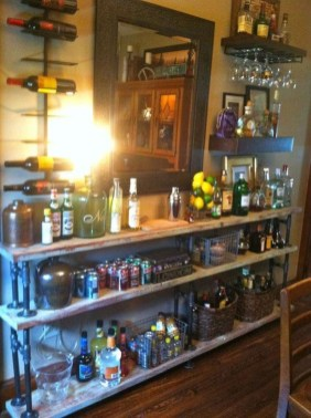 Awesome Outdoor Mini Bar Design Ideas You Must Have For Small Party06