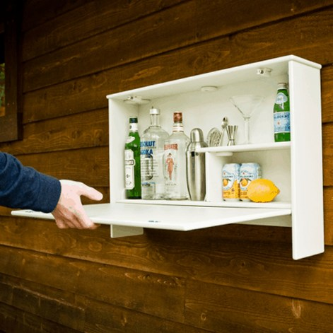 Awesome Outdoor Mini Bar Design Ideas You Must Have For Small Party26