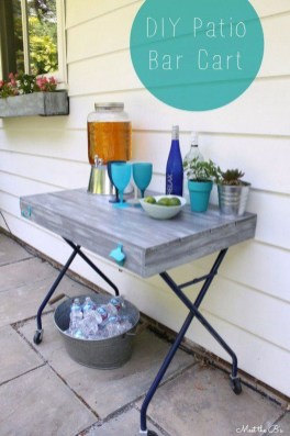 Awesome Outdoor Mini Bar Design Ideas You Must Have For Small Party36