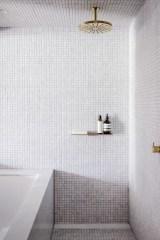 Beautiful Minimalist Bathroom Design Ideas For Your Home43