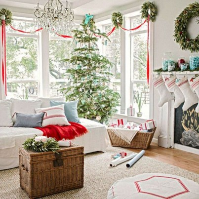 Best Christmas Living Room Decoration Ideas For Your Home06