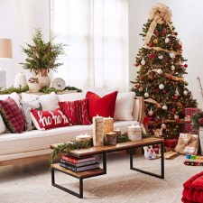 Best Christmas Living Room Decoration Ideas For Your Home26